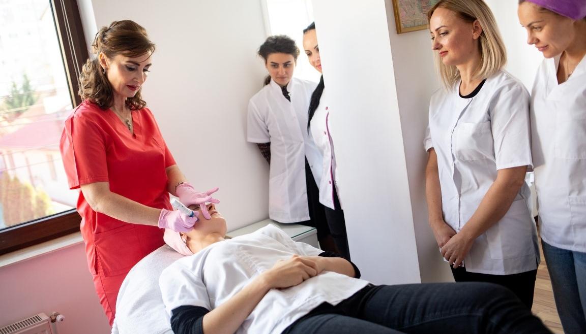 Microneedling: ingrijirea pre si post procedura